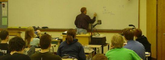 El fortalecimiento de la empleabilidad de los estudiantes: ¿una cuestión docente?